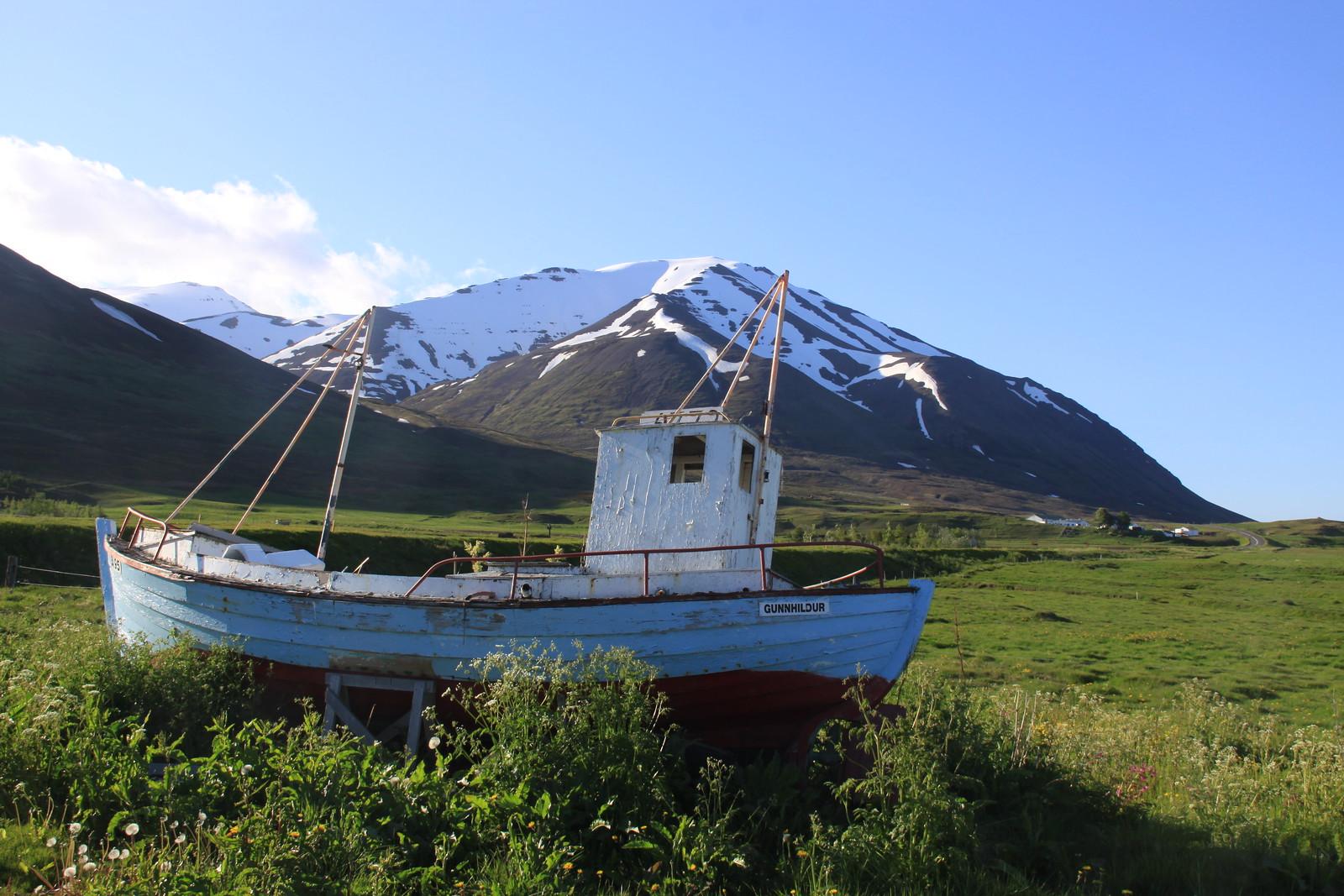 Fishing boat near Dalvík